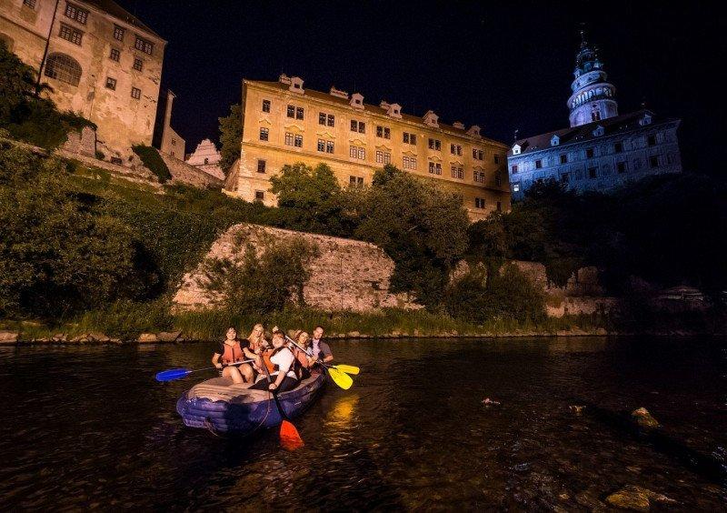 Noční rafting s instruktorem 70min (6osob)