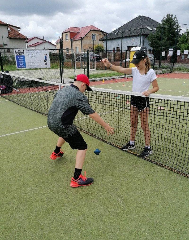 Příměstský tenisový kemp pro děti od 4 do 15 let, 1 nebo 5 dnů (5.7-9.7.2021)