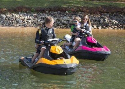 Adrenalinová jízda na vodním skútru 30min (pro držitele průkazu VMP)